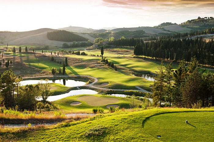 golf courses tuscany