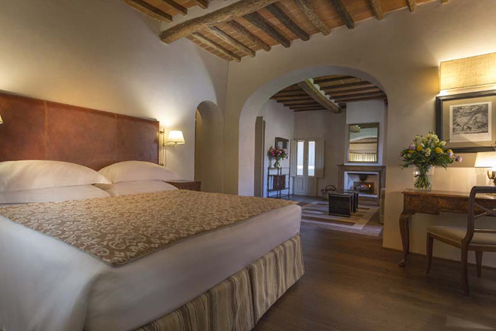 Tuscan Estate And Spa Apartments In A Tiny Village Near