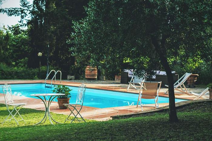 Villa palladio a nobile tuscan villa near siena sleeping 12 for Gartenpool 10x5