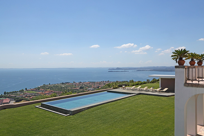 Villa Vista Lago Is A Pretty Villa Overlooking Lake Garda