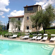 villa giglio tuscany