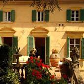 villa giulia tuscany