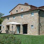 casa dei fiori edera, tuscany