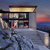 villa marmo bianco tuscany
