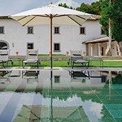 luxury country estate tuscany