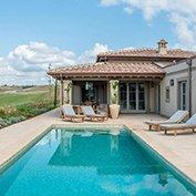 villa white tuscany
