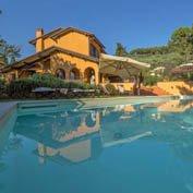 villa pietrasanta tuscany